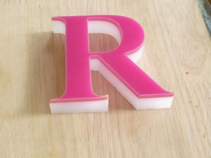 Acrylic mdf retail racks pop displays in gurgaon acrylic for Acrylic dimensional letters